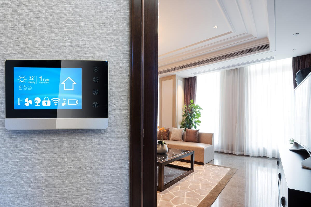 new_home_cooling_technology_digital_thermostat