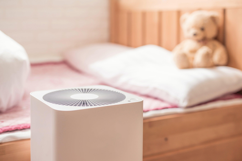 air-purifier-bedroom-is-968983524