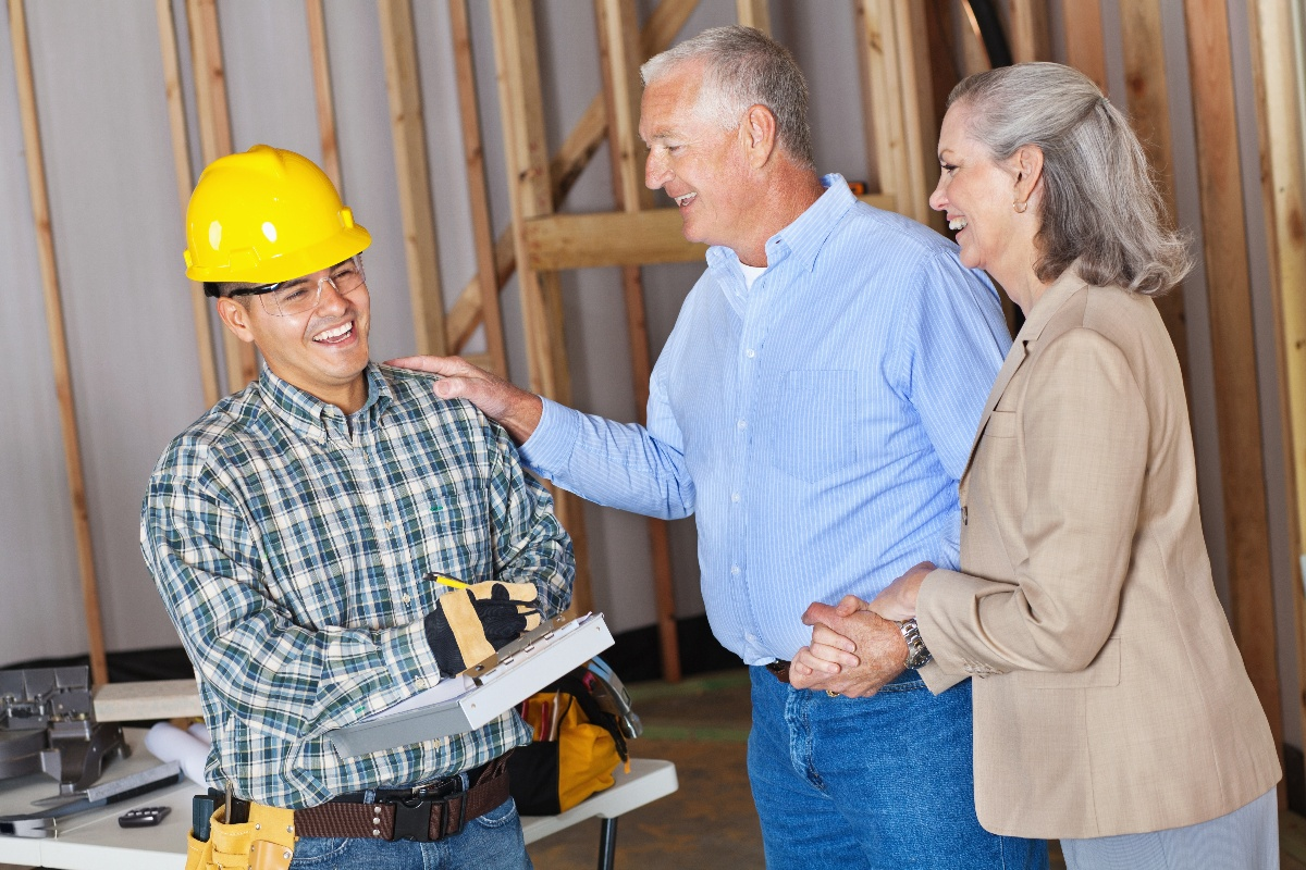 Contractor With Happy Clients Getting Reviews Online-1